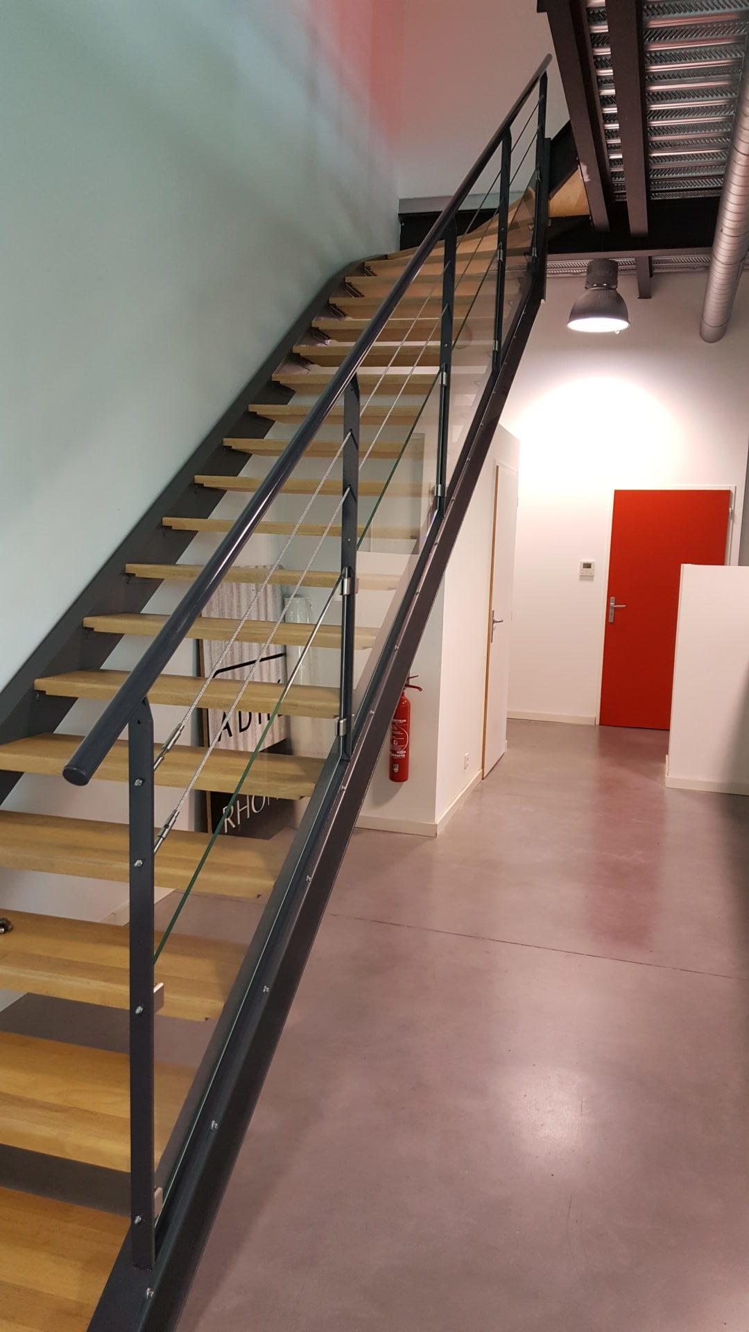 garde corps escalier garons gard 30 fmg metal studio. Black Bedroom Furniture Sets. Home Design Ideas