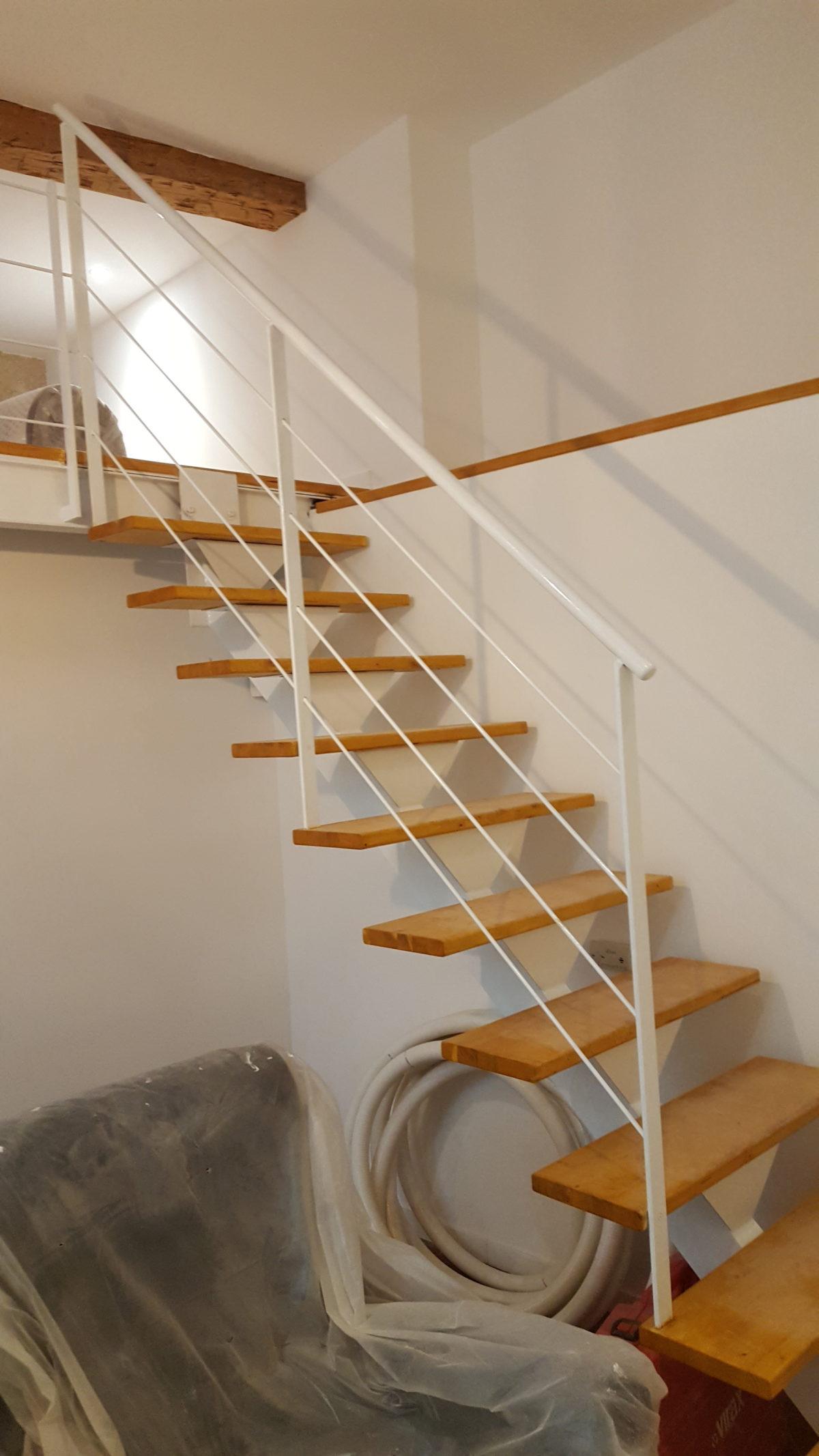 mezzanine escalier montpellier h rault 34 fmg. Black Bedroom Furniture Sets. Home Design Ideas